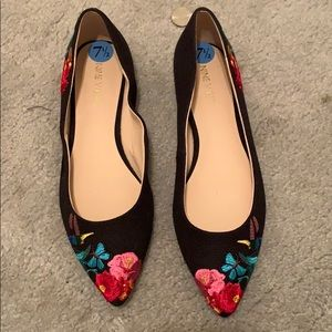 Nine West embroidered flats